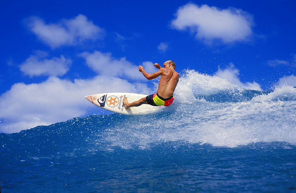 Hawaii, Noah Budroe Rips Off Top Of Wave With Board Facing Camera, Surfing