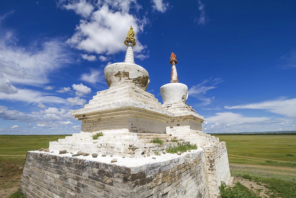 Stupas outside Erdene Zuu Monastery, Karakorum (Kharkhorin), Övörkhangai Province, Mongolia