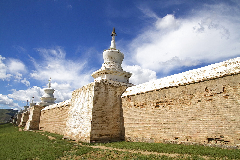 Stupas on the enclosure wall surrounding Erdene Zuu Monastery, Karakorum (Kharkhorin), Övörkhangai Province, Mongolia