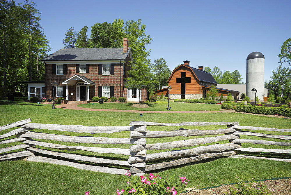 Home And Barn, Charlotte, North Carolina