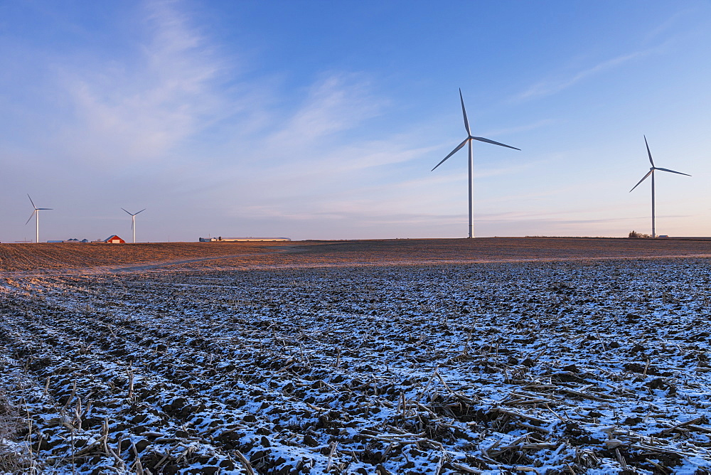Wind turbines, near Edgewood, Iowa, United States of America