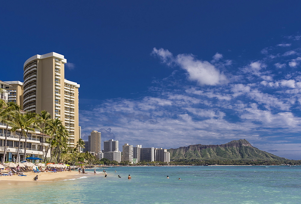 Waikiki Beach with Diamond head on the horizon, Waikiki, Honolulu, Oahu, Hawaii, United States of America