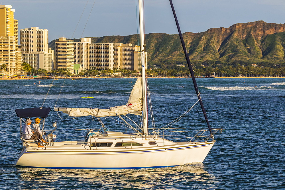 Sailing from the Ala Wai boat harbor past Waikiki and Diamond Head, Honolulu, Oahu, Hawaii, United States of America