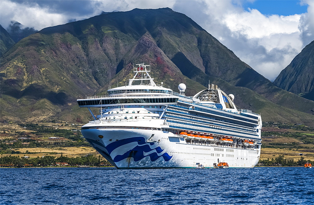 Grand Princess Cruise Ship moored along the coastline of Lahaina, Maui, Lahaina, Maui, Hawaii, United States of America