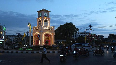 The Surin Circle in Phuket Town early evening