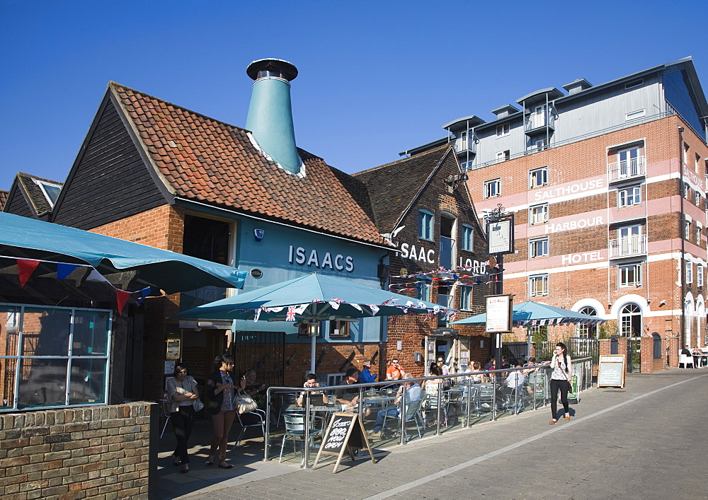 Isaac Lord pub and Salthouse Hotell in converted industrial buildings, Wet Dock waterfront regeneration, Ipswich, Suffolk, England, United Kingdom, Europe - 1121-19