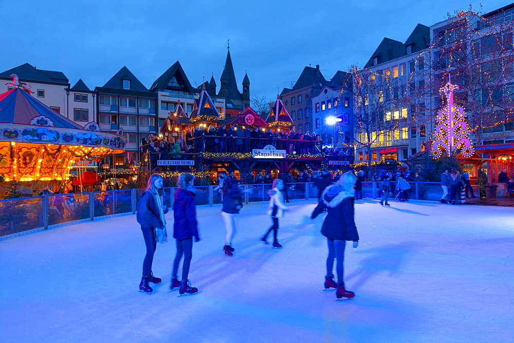 Skating, Cologne Christmas Market, Cologne, North Rhine-Westphalia, Germany, Europe
