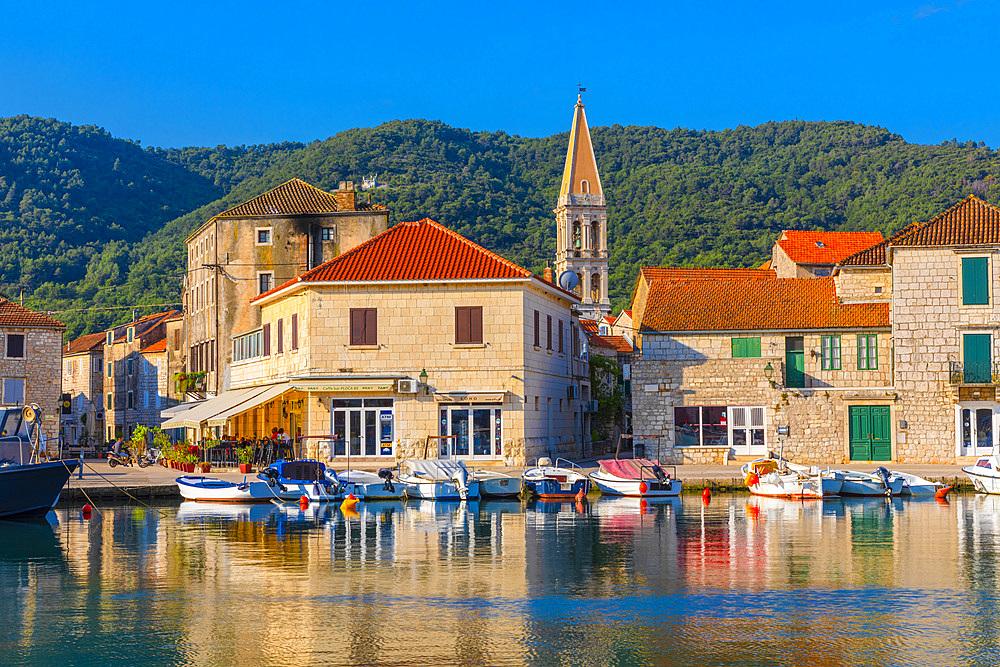 Stari Grad Harbour, Hvar, Dalmatian Coast, Croatia, Europe