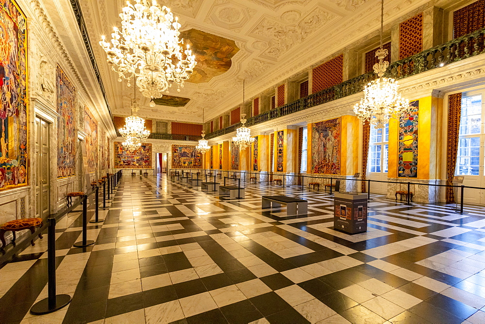 The Great Hall, The Royal Reception Rooms, Christiansborg Palace, Copenhagen, Denmark, Scandinavia, Europe - 1126-1863