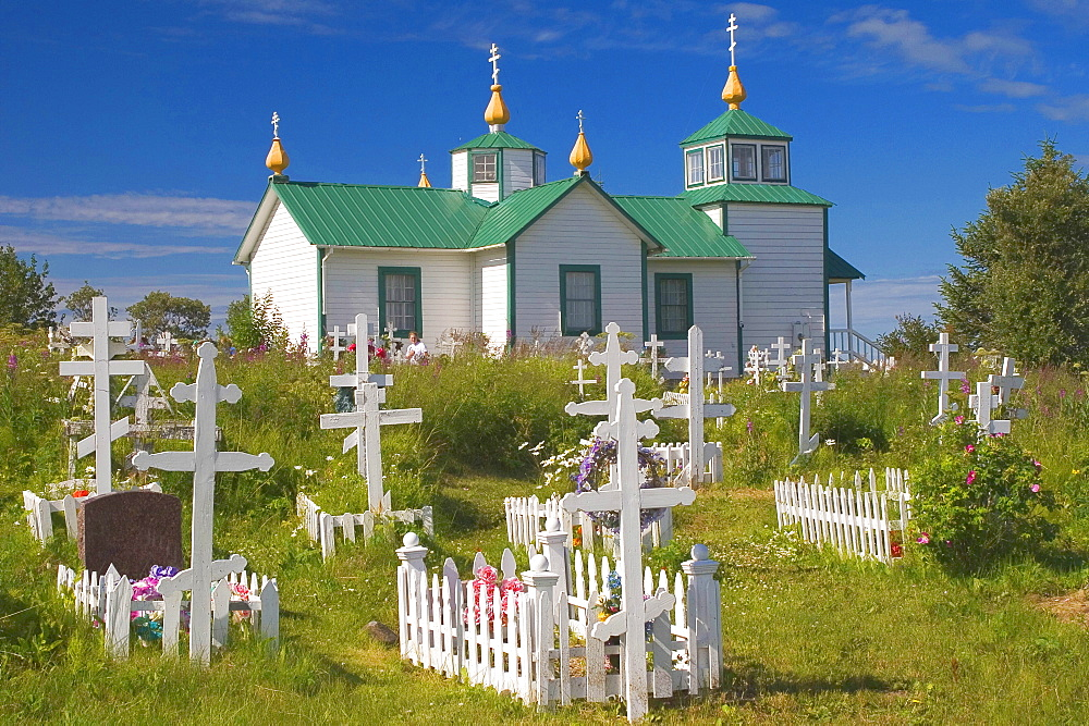 Cemetery and Russian orthodox church, 'Transfiguration of Our Lord Church', Ninilchik, Kenai Peninsula, Alaska, USA