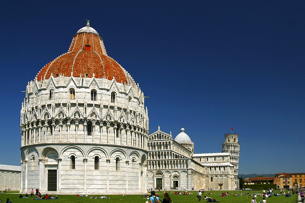 Cathedral and baptistery, Piazza dei Miracoli, Pisa, Tuscany, Italy