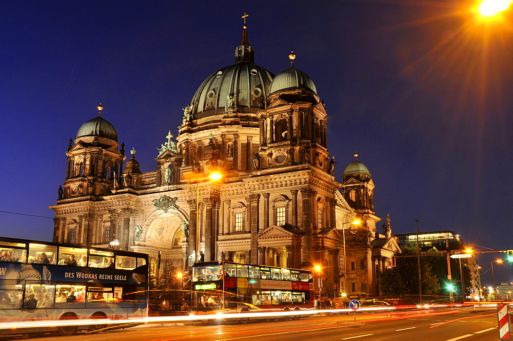 Berlin Cathedral Lustgarten, Lustgarten, Mitte, Spreeinsel, Berlin, Germany / Supreme Parish and Collegiate Church, Pleasure Garden, Berliner Dom, Oberpfarr- und Domkirche zu Berlin
