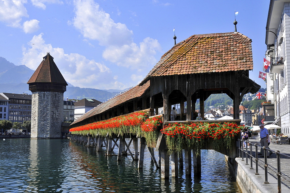 Chapel Bridge, Water Tower, Lake Lucerne, Lucerne, Switzerland / Vierwaldstattersee, Vierwaldstättersee, Lake of the Four Forested Cantons, Kapellbrucke, Kapellbrücke, Wasserturm