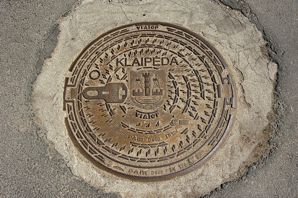 Gully cover, Klaipeda, Lithuania, Baltic states, Europe / Manhole cover