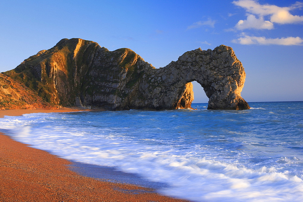 Durdle Door, Jurassic Coast World Heritage Site, Dorset, England