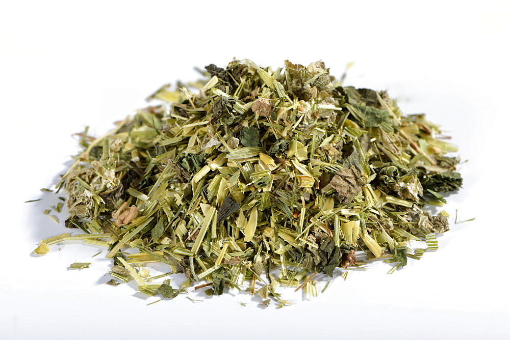 Green Oat tea, Common oat, Nettle herb, Alpine lady's mantle / (Avena sativa), (Urtica dioica), (Alchemilla alpina)