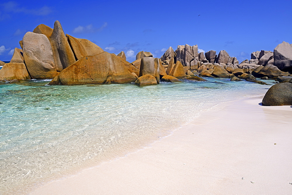 Traumstrand Anse Marron, auch La Source Marron, Insel La Digue, Seychellen