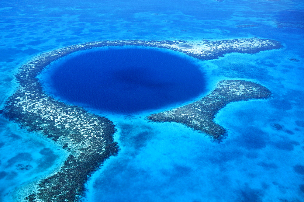 Blue Hole Atoll, Belize
