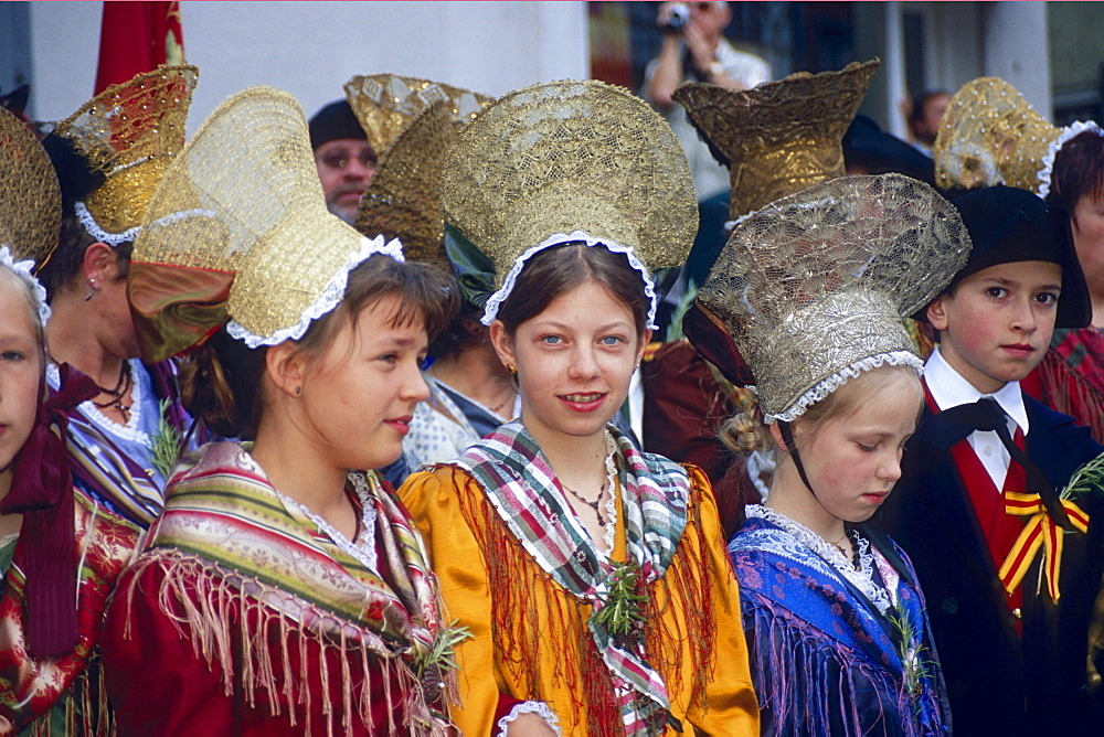 Children during procession of the Swedes, Uberlingen, Lake Constance, Baden-Wurttemberg, Germany
