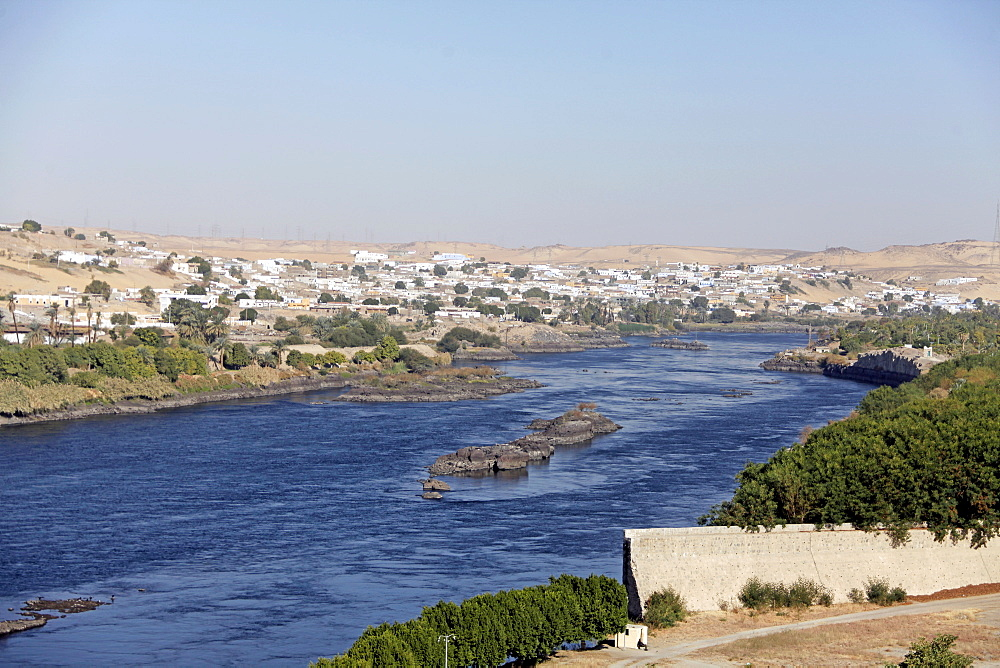 Nubian village and River Nile, Aswan, Egypt, North Africa, Africa