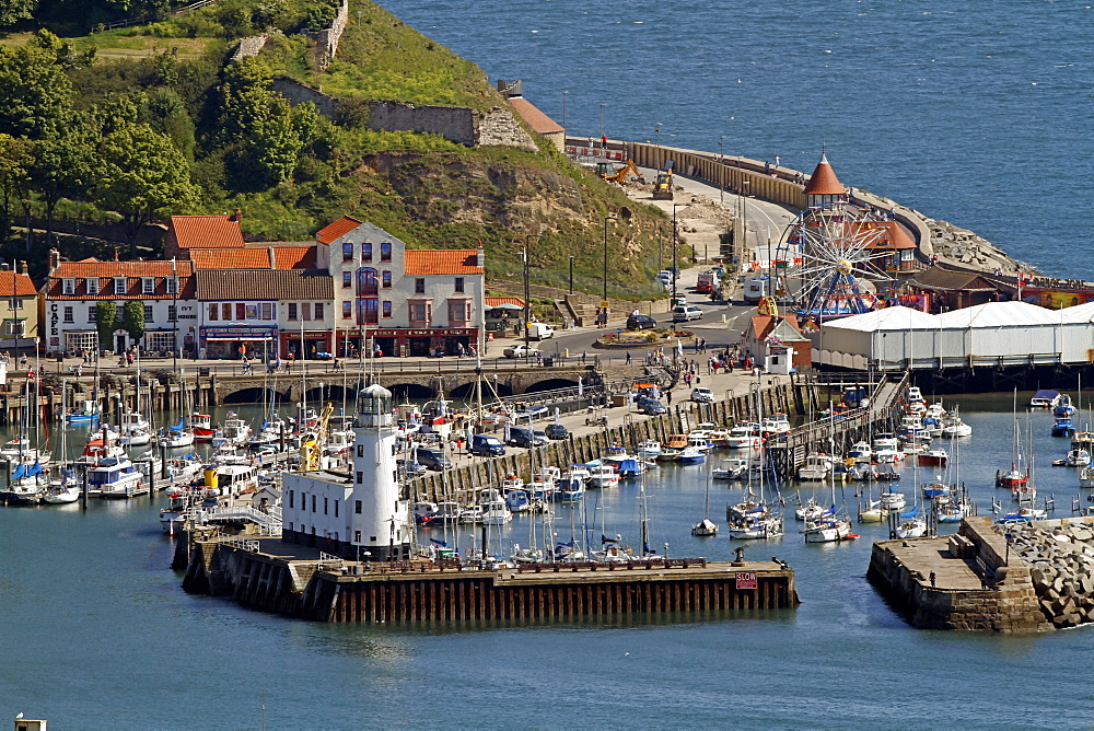 Harbour and Lighthouse, Scarborough, North Yorkshire, Yorkshire, England, United Kingdom, Europe