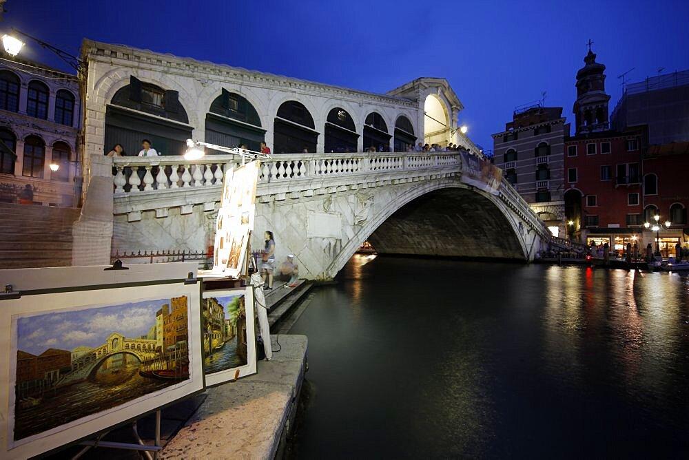 Rialto Bridge and Grand Canal, Venice, UNESCO World Heritage Site, Veneto, Italy, Europe