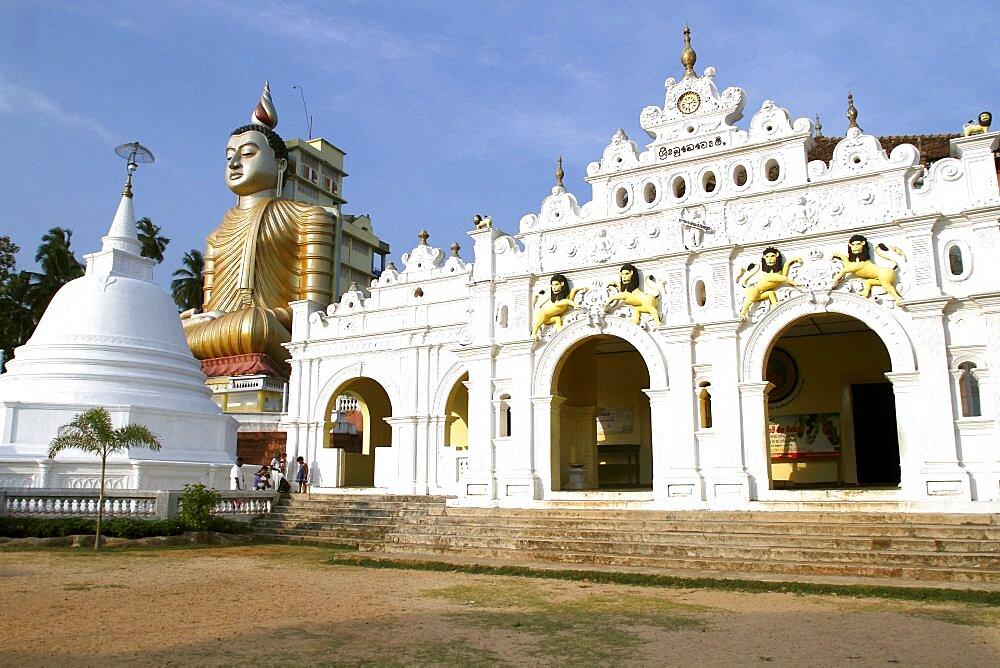 Buddhist Temple and large seated Buddha, Dikwella, Sri Lanka, Asia