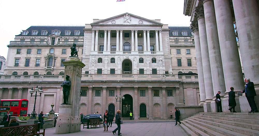 Bank of england; royal court, london