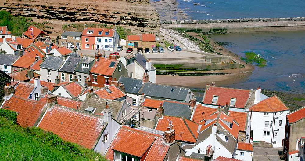 Rooftop view of houses and harbour - 1130-6403
