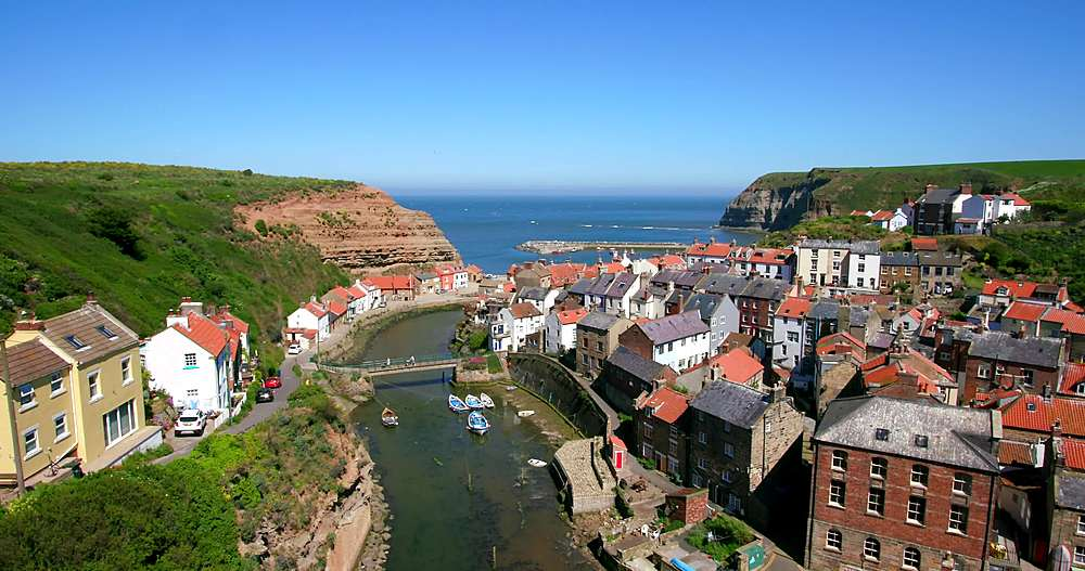Clifftop view of staithes & harbour - 1130-6418
