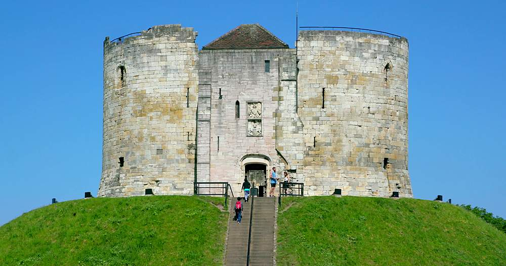 Clifford's tower, york city centre, York, North Yorkshire, United Kingdom - 1130-6430