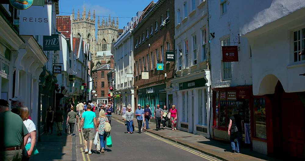 Low petergate street & york minster, york city centre, York, North Yorkshire, United Kingdom - 1130-6436