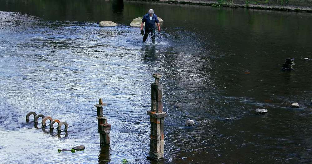 River Artist Dan, River Don, Sheffield - 1130-6466