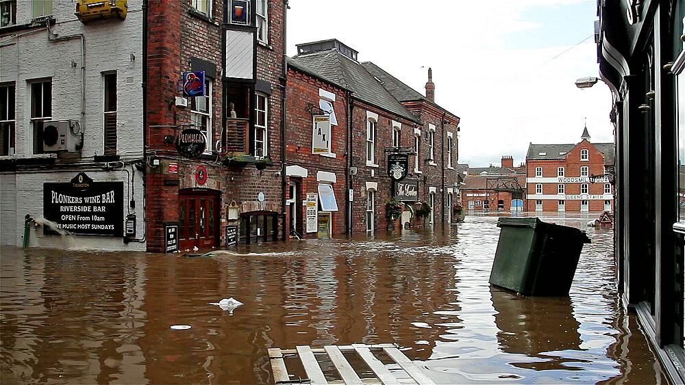Wheelie Bin And Other Debris Float Down The Street, City Of York - 1130-868