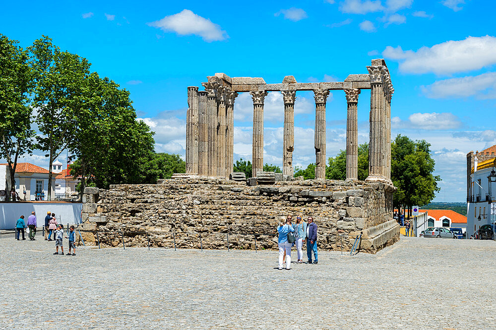 Roman temple of Diana, UNESCO World Heritage Site, Evora, Alentejo, Portugal - 1131-1112
