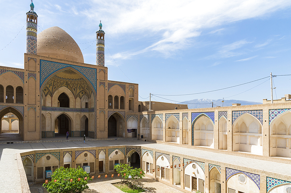 Agha Bozorg Mosque, Inner Courtyard, Kashan, Isfahan Province, Islamic Republic of Iran, Middle East - 1131-1291