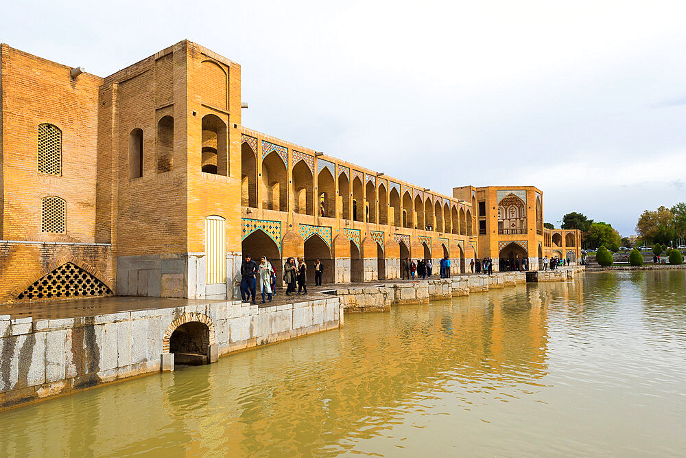 Pol-e Khadju bridge over Zayanderud river, Esfahan, Iran