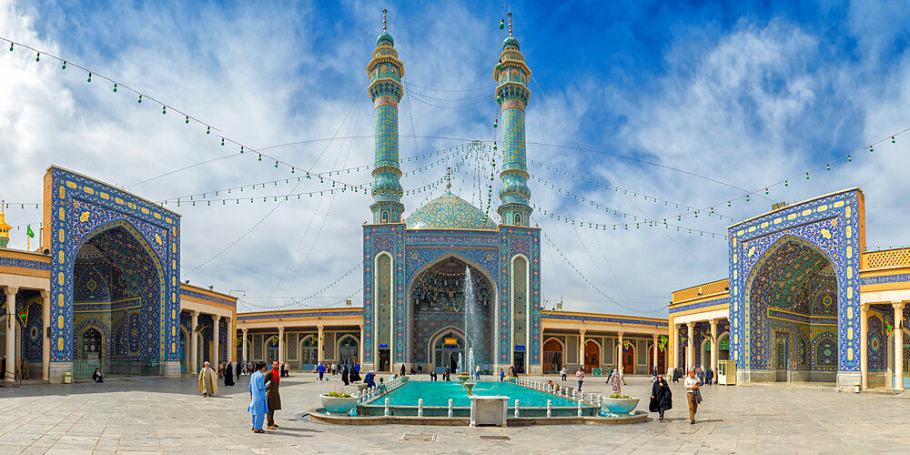 Azam Mosque, Shrine of Fatima al-masumeh sister of eight Imam Reza and daughter of the seventh Imam Musa al-Kadhim, Qom, Iran - 1131-1344