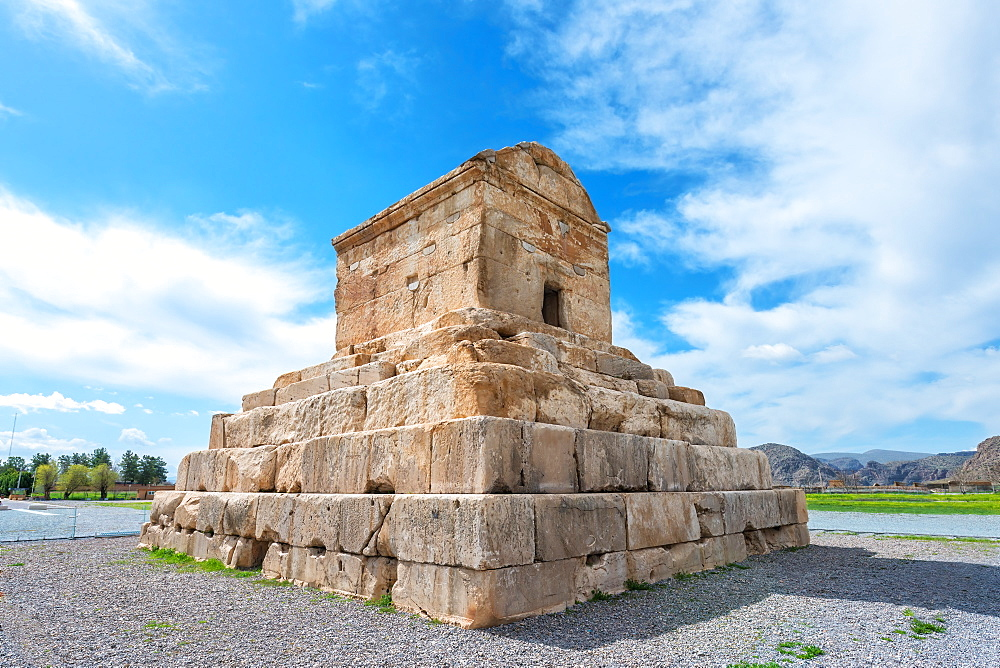 Cyrus the Great Tomb, Pasargadae, UNESCO World Heritage Site, Fars Province, Iran, Middle East