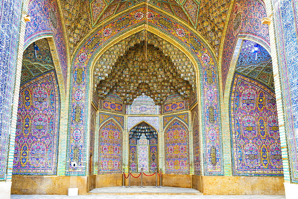 Nasir-ol-Molk Mosque (Pink Mosque), tiled walls and stucco ceilings, Shiraz, Fars Province, Iran, Middle East