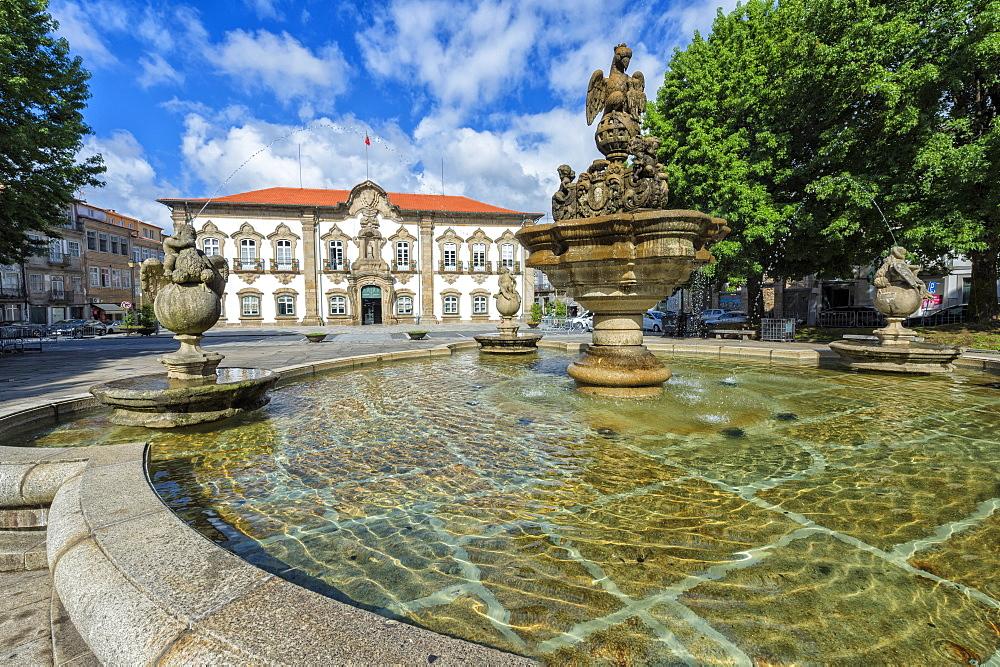 Braga City Hall and fountain, Braga, Minho, Portugal, Europe - 1131-1441
