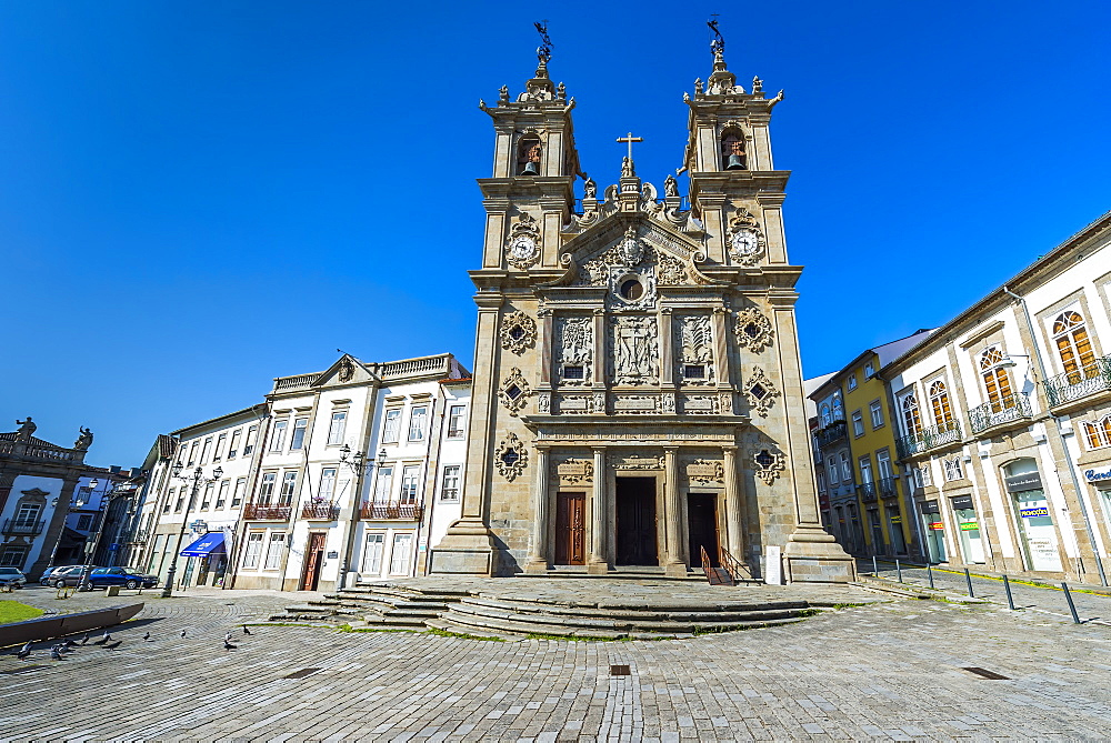 Santa Cruz (Holy Cross) Church, Carlos Amarante square, Braga, Minho, Portugal, Europe