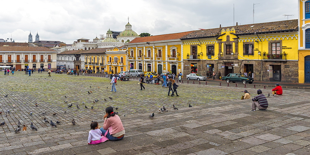 San Francisco Square, Quito Historical center, Quito, UNESCO World Heritage Site, Pichincha Province, Ecuador, South America