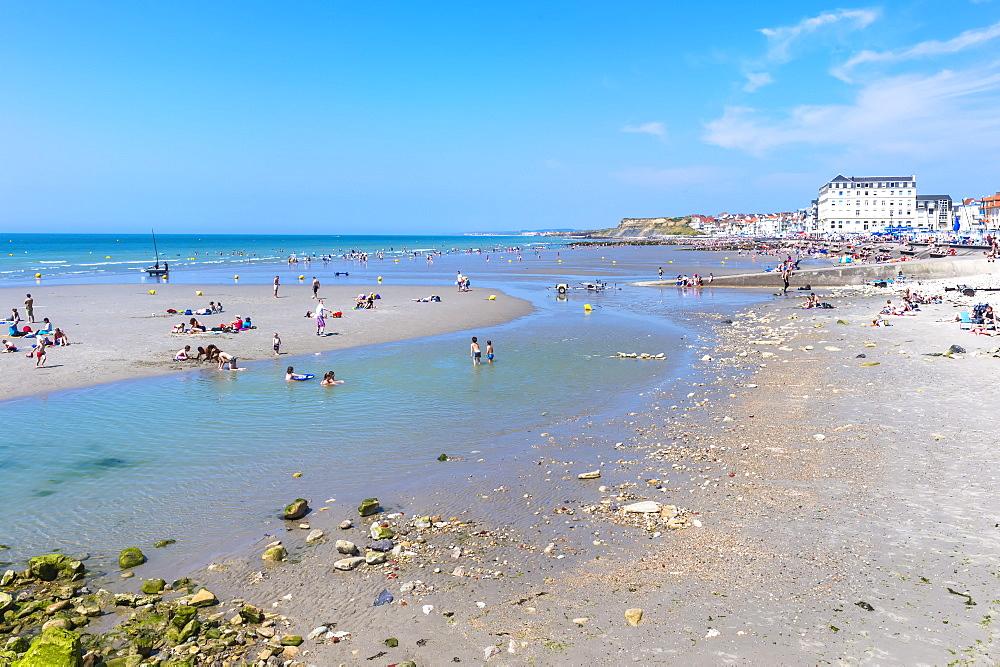 Wimereux beach, Cote d'Opale, Region Nord-Pas de Calais, France, Europe