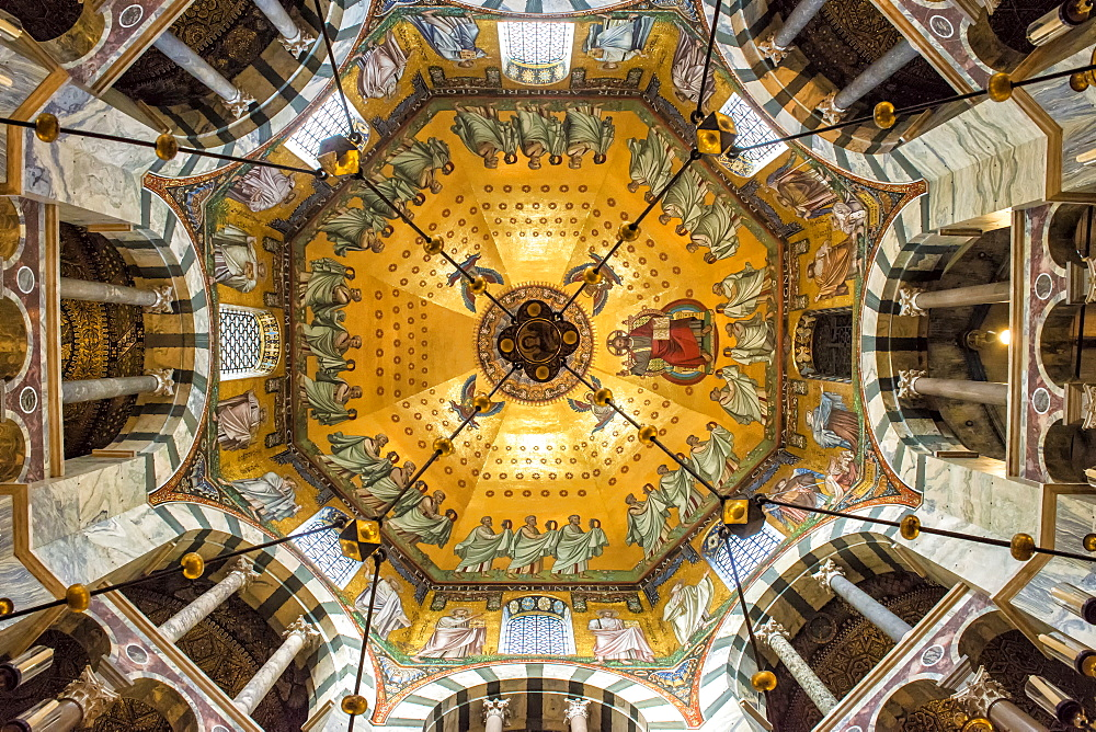 Aachen Cathedral cupola and Barbarossa's Chandelier, UNESCO World Heritage Site, Aachen, North Rhine Westphalia, Germany, Europe