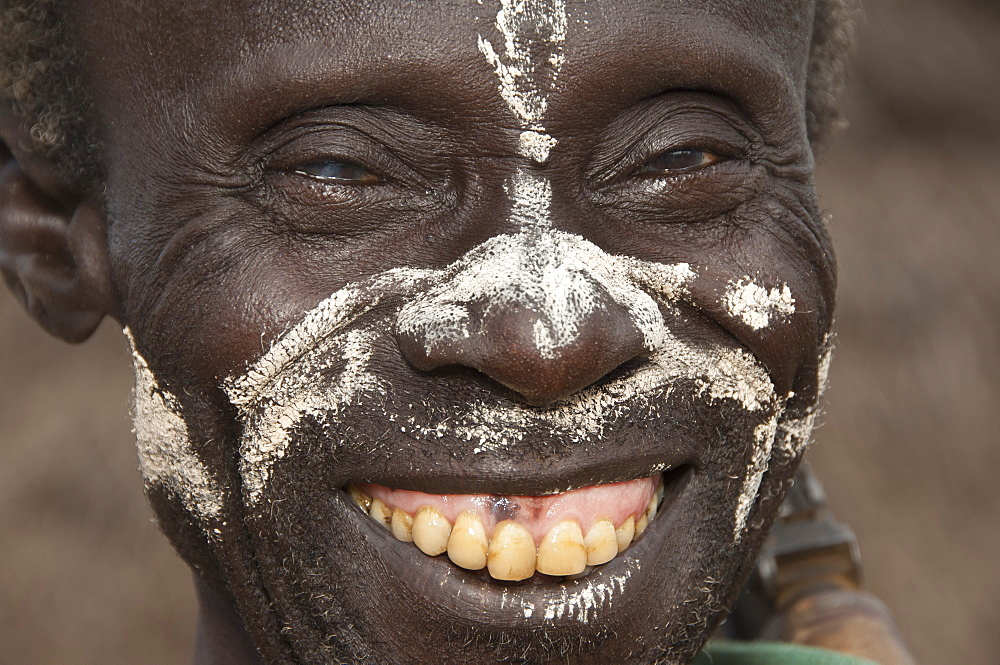 Portrait of a Karo man with facial paintings, Omo River Valley, Ethiopia, Africa