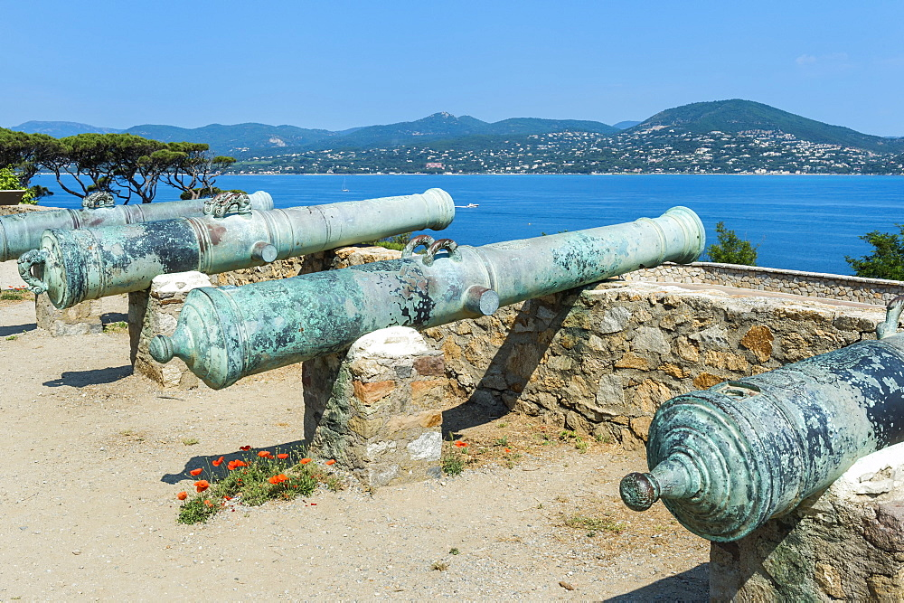 Guns of the St. Tropez citadel, Var, Provence Alpes Cote d'Azur region, France, Mediterranean, Europe