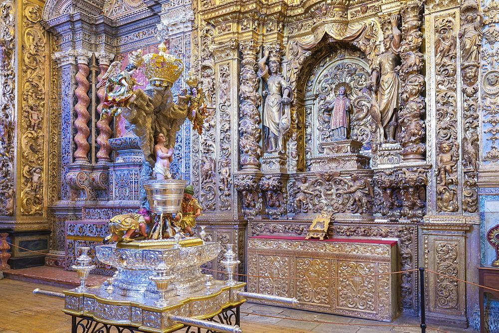 St. John the Evangelist Altar, Convento de Nossa Senhora da Conceicao (Our Lady of the Conception Convent), Regional Museum Dona Leonor, Beja, Alentejo, Portugal, Europe