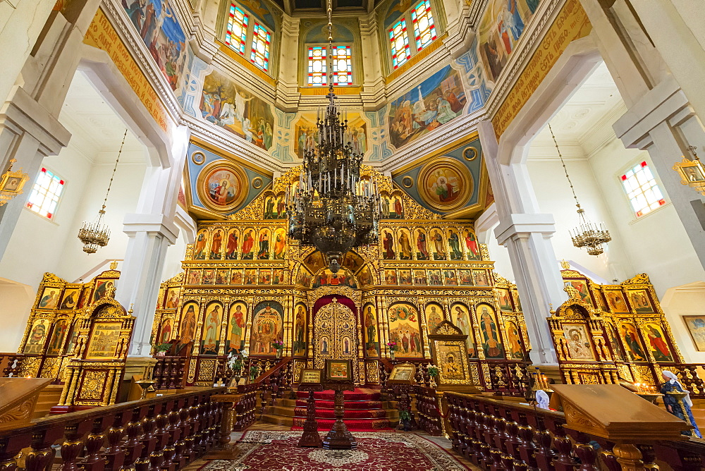 Interior, Ascension Cathedral (Zenkov Cathedral), Panfilov Park, Almaty, Kazakhstan, Central Asia, Asia