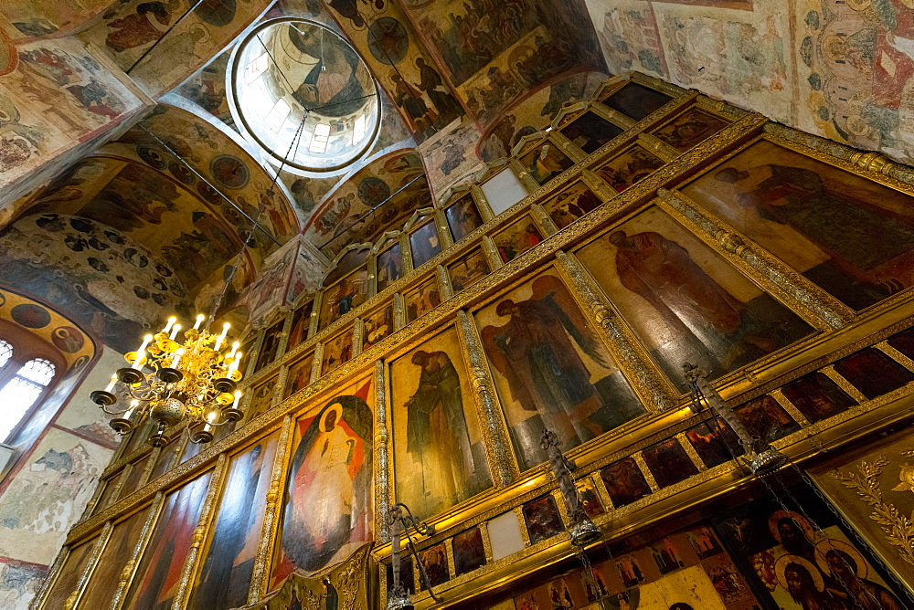 Iconostasis inside the Assumption Cathedral, the Kremlin, UNESCO World Heritage Site, Moscow, Russia, Europe